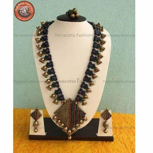 Diamond Shaped Terracotta Jewellery Set, टेराकोटा का हार सैट, टेराकोटा  नेकलेस सैट - Nakshatra Enterprises, Bengaluru | ID: 19971755373
