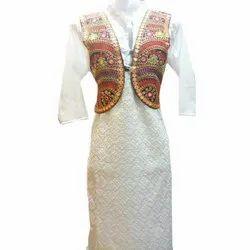 Casual Wear Ladies Fancy Cotton Kurti, Size: S-XXL, Wash Care: Machine wash