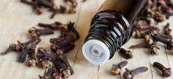 Pure Natural Clove Oil