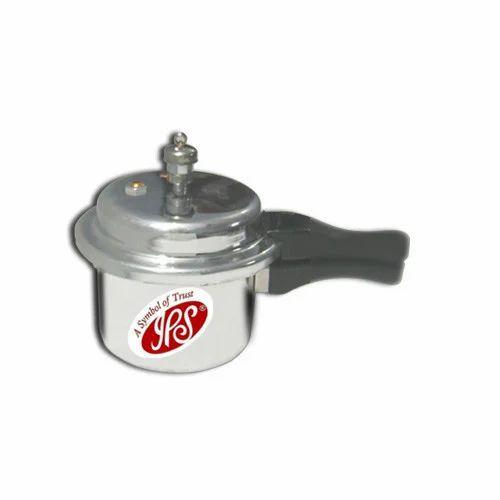 1.5Ltr. Outer Lid Pressure Cooker