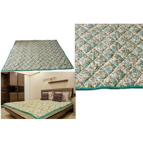 Green Light Weight Sujalam Woolen Orthopedic Mattress, Thickness: 10-20 Mm, Size: 6x6 Ft