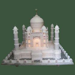 Taj Mahal Show Piece