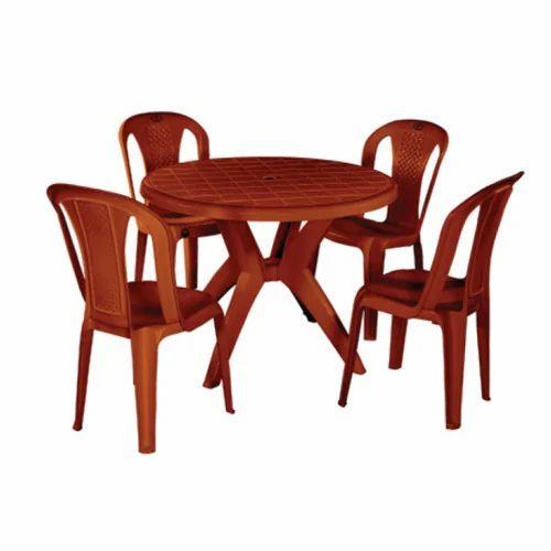 Superbe Plastic Dinning Table