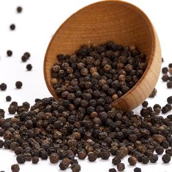 Ayyaa Dry Whole Black Pepper, Grade: Food, Packaging Size: 50 kg