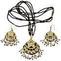 Black Golden Lacquer Necklace Set 184