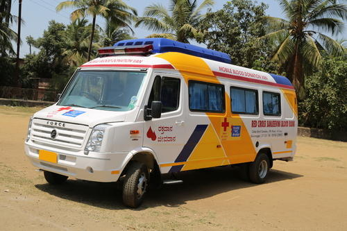 3 Bed Mobile Blood Collection Van at Rs 2300000/unit   Blood Donation  Vehicle   ID: 19137795848