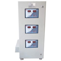 Three Phase Industrial Servo Voltage Stabilizer, Capacity: 30 Kva, 220v