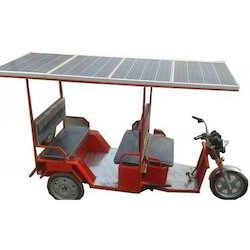 Multicolor Solar E Rickshaw for Passenger