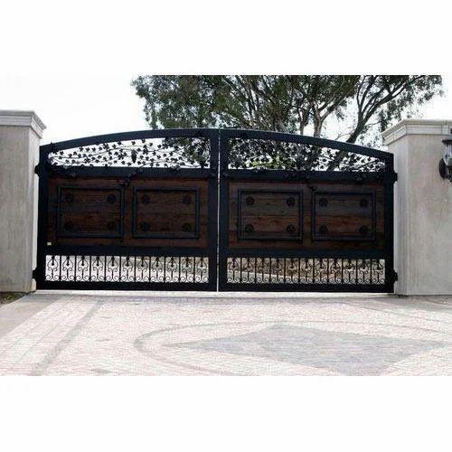 Farm House Gate