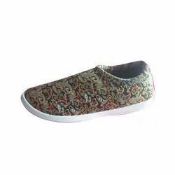Multicolor Casual Wear Ladies Printed Canvas Shoes, Size: 4-8