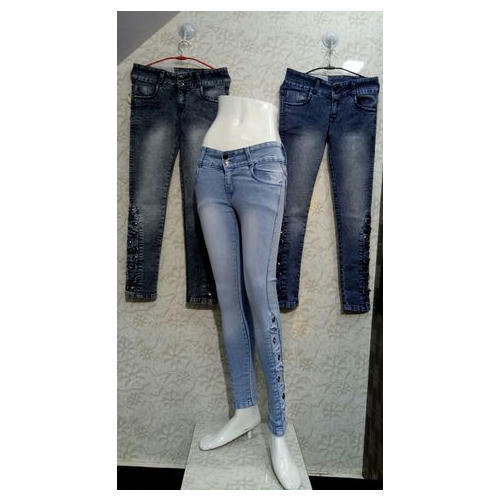 Ladies Denim Designer Stretchable Skinny Jeans, Size: 28, 30 & 32