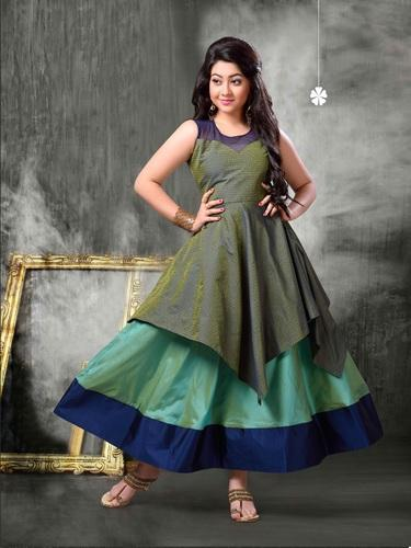 Kids Designer Ethnic Wear Gown at Rs 785 /piece | Bachchon Ka Gown ...
