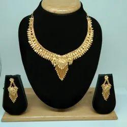 Simple Design Forming Gold Necklace Set