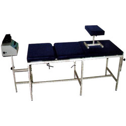 3 Fold Traction Table