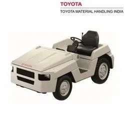 Toyota 3TD35 3.5 Ton Diesel Engine Powered Airports Towing Tractors, Capacity: 3500 kg