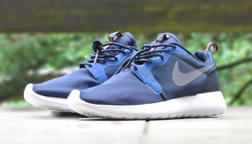 3902b3d738f6 Midnight Grey Nike Roshe Shoes