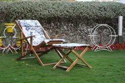 Weight: 12 Kg White & Blue Folding Sleep Dream Chair, Size: 3 Feet, Finish: Polished