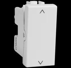 White Havells 10 AX 2way Switch, 240 V