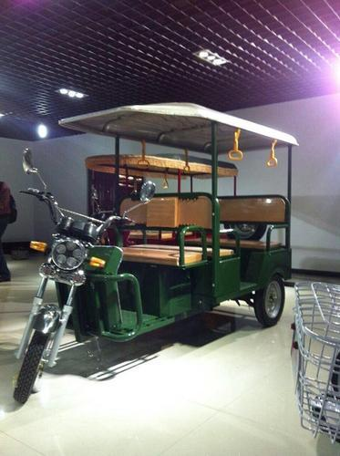 Heavy Duty Battery Rickshaw