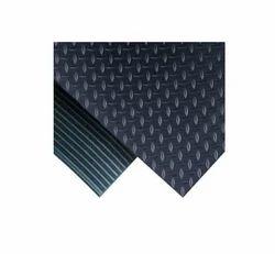Non-Conductive Floor Mats
