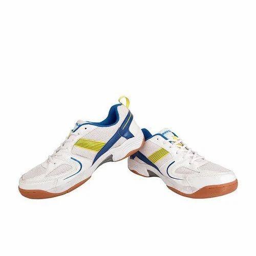 Nike Men Nivia Badminton Shoes, Size: 8