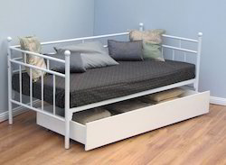 Daybed With Sliding Storage