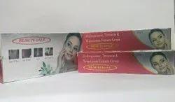 Hydroquinone 2% Tretinoin 0 025% Mometasone Furoate 0 1%