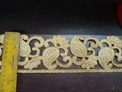 金色切割工作刺绣花边,为服装,宽度:3英寸