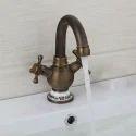 Center Hole Faucet ( B )