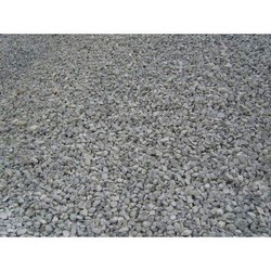 Grey Raw Material Crushed Stone Aggregate, Size: 12mm, Packaging Size: 20 Tons