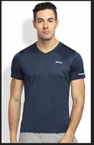 0eaf8a3c6 V-Neck Half Sleeves Gym Wear T-Shirt at Rs 419 /piece   वी गले ...