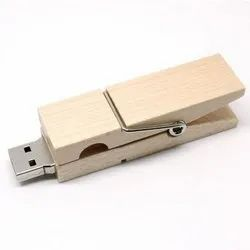 Wooden Clip On USB Pendrive