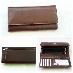 Hand Pouch Red Ladies LEATHER Purse, For Daily Use