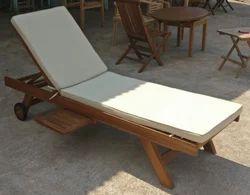 Teak wood, Sun lounger