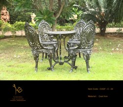 Antique White Cast Iron Outdoor Chair Set