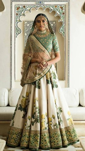 bb0fb187a9 LF Silk Embroidered Bridal Lehengas, Size: Free Size, Rs 2600 /piece ...