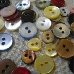 Plastic Round SB 09 Real Shell Button