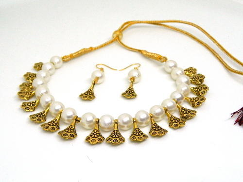 64560691e5d6dc Party Wear Pearl Necklace With Earring, मोतियों का हार ...