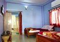 Deluxe Ac 4 Bed Room Room Rental Service