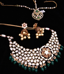 Kundan Jewellery Necklace Set