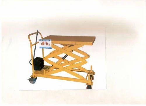 HBI Scissor Lift for Factories, Capacity: 0.5-1 ton