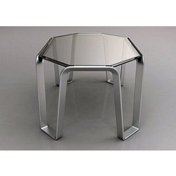3x2.5x3feet Upto 20 Kg Designer Center Table