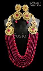 Traditional Chain Beaded Necklace Set
