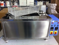 Laparoscopic Ultrasonic Cleaner