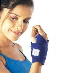 Vissco Neoprene Wrist Brace - Universal