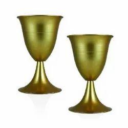 5E638 Golden Metal Pot
