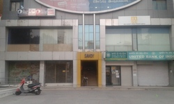 Commericial Shop, Size/ Area: 1350 Sq.Foot