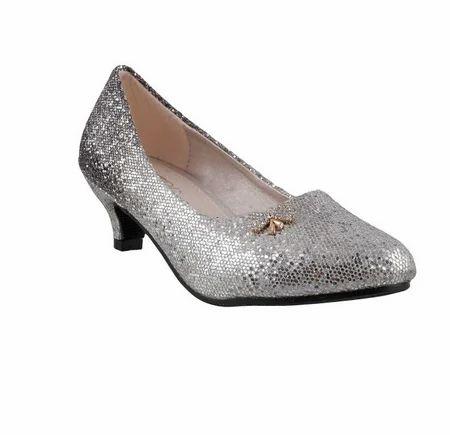b5aec9511af1c Silver Women Metro 56-3811-Black Formal Ballerinas, Size: 31, Rs ...