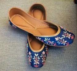 Ladies Blue Jutti