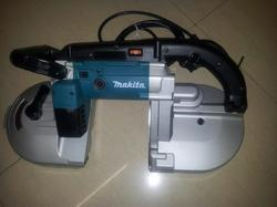 Makita 10 Inch Portable Band Saw, Model Name/Number: 710 W, Model: 2107F